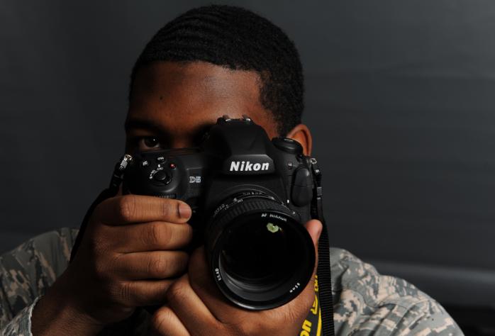 photographer and canon camera