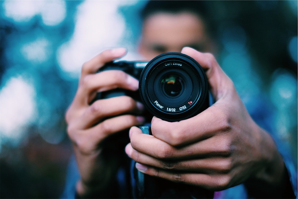 Best Cameras For Youtube Under 200$